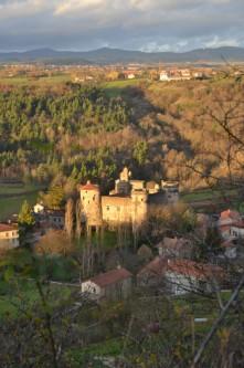 un moment suspendu au dessus du chateau de Saint-Vidal